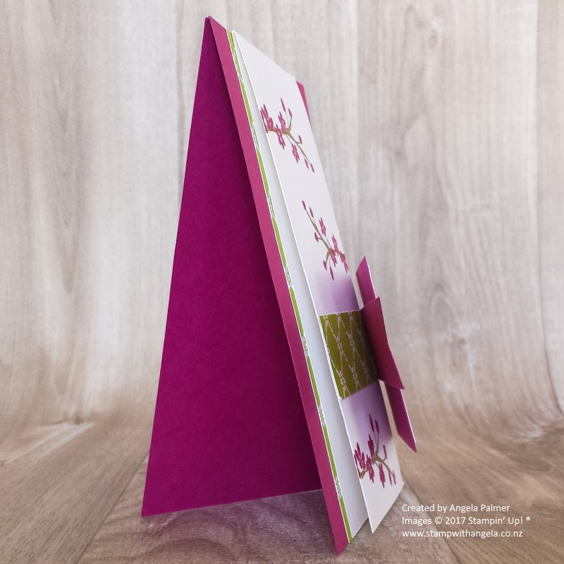 Two-way fold Colorful Seasons stand